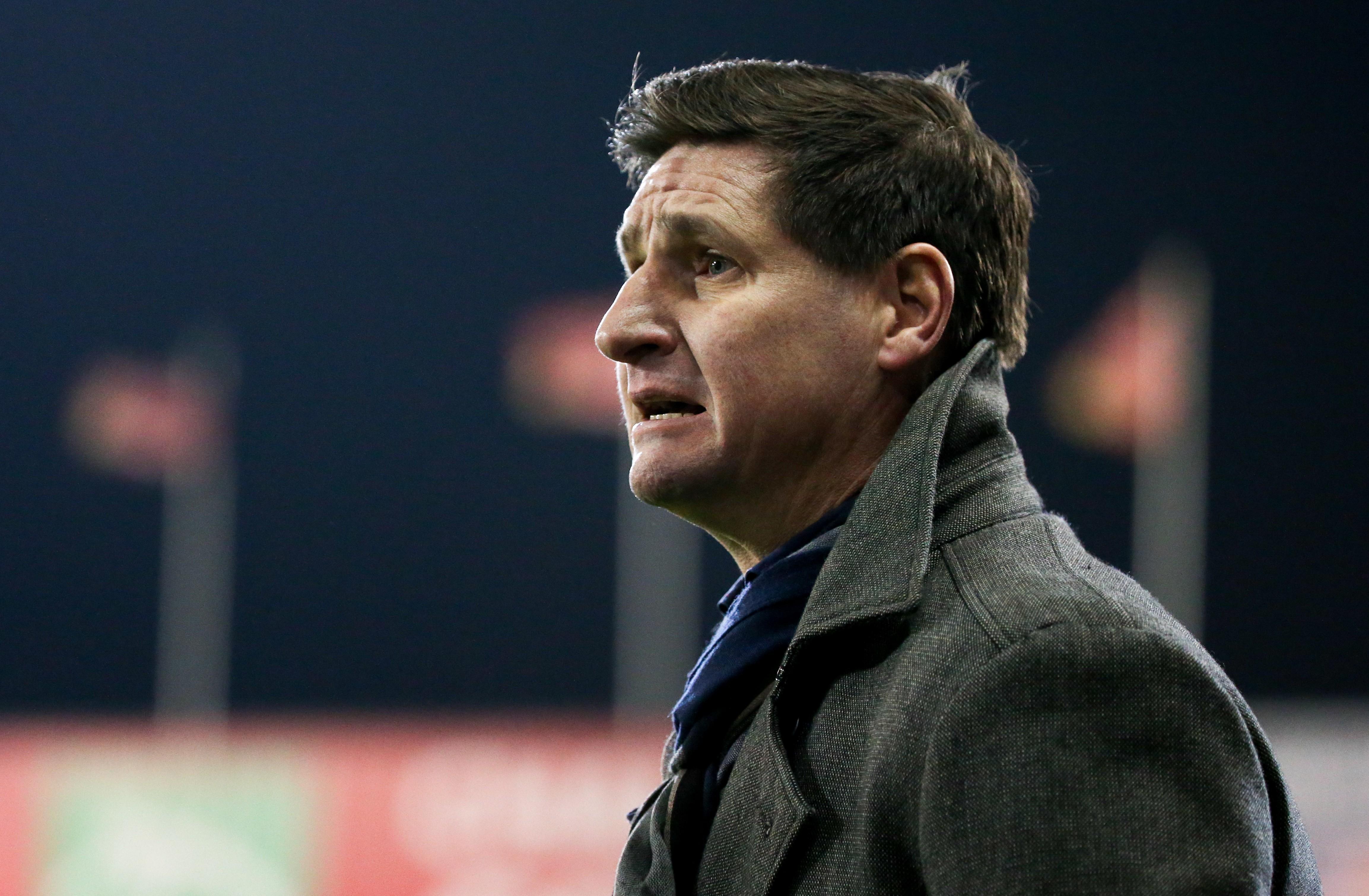 Mouscron craque en fin de match contre Gand (2-0)