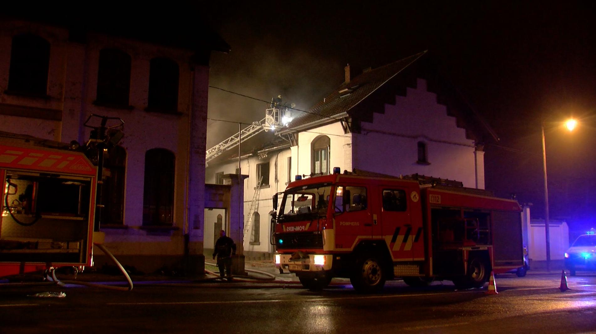 Deux personnes décèdent dans un incendie