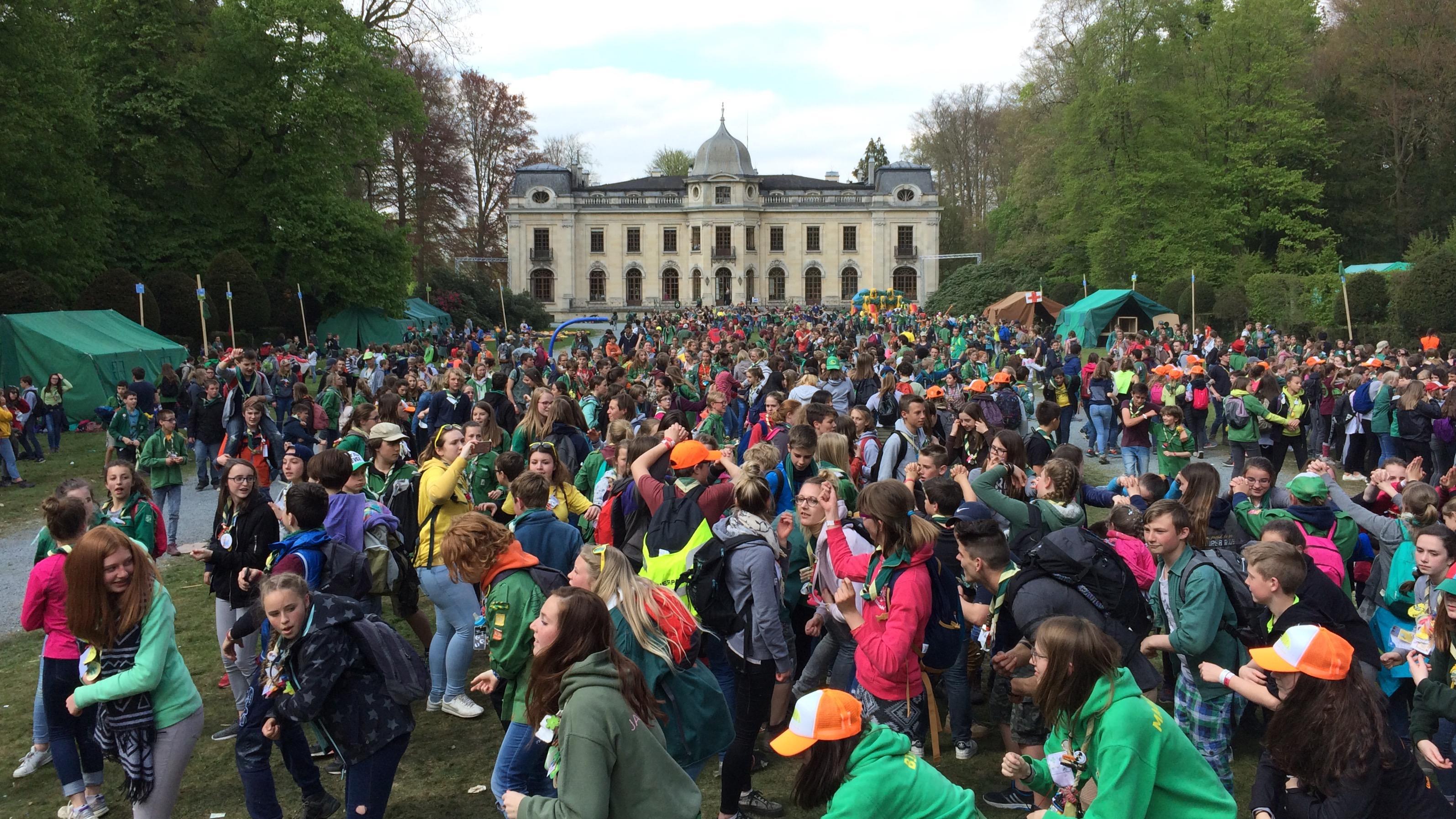 8500 patronnés réunis à Enghien