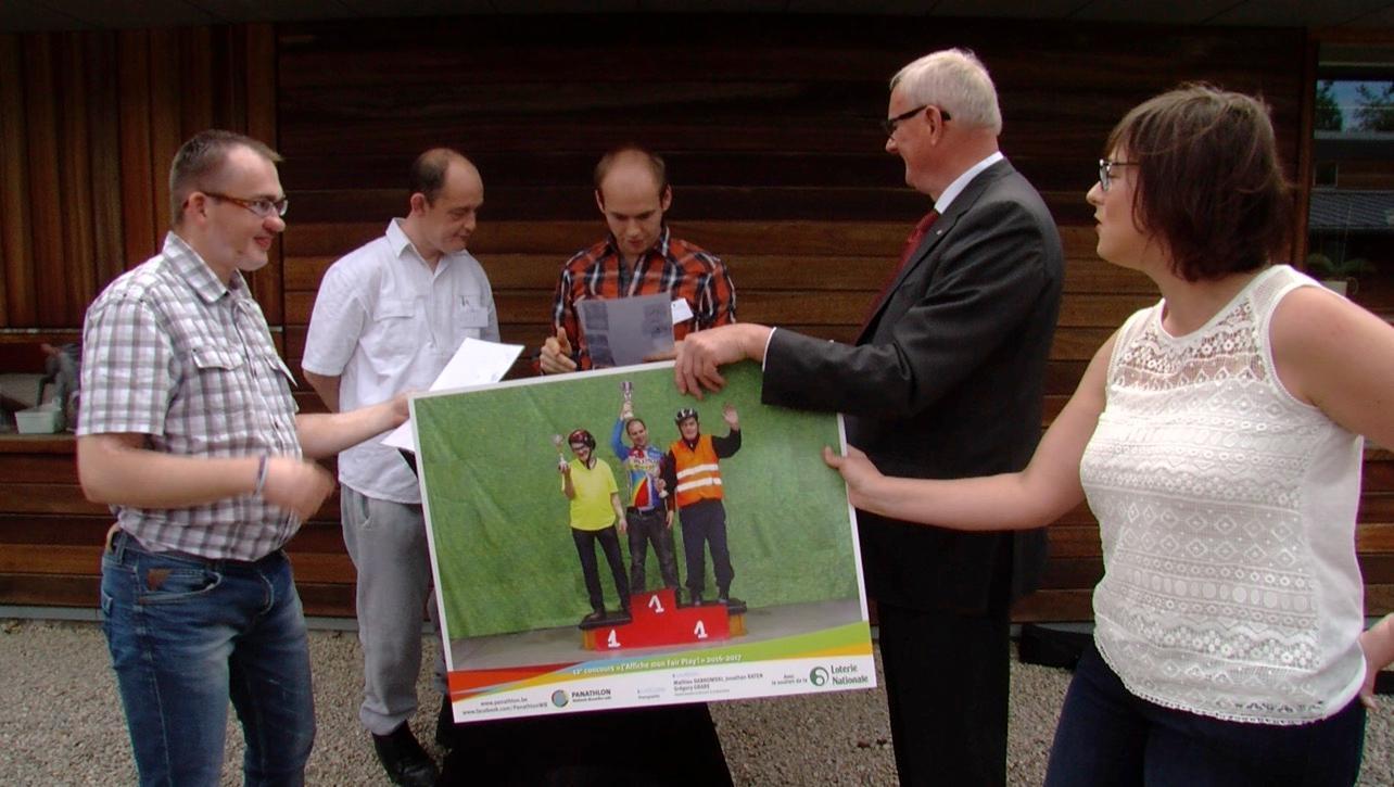 Trois résidents du home Livemont remportent un concours d'arts graphiques