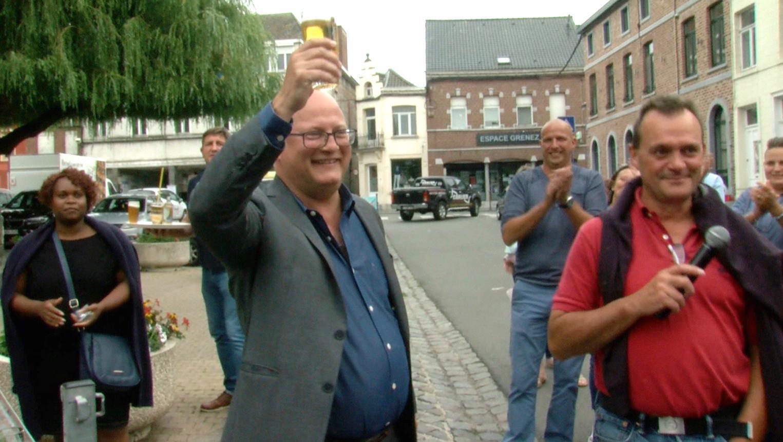 Jean-Luc Crucke célèbre sa nomination dans son fief