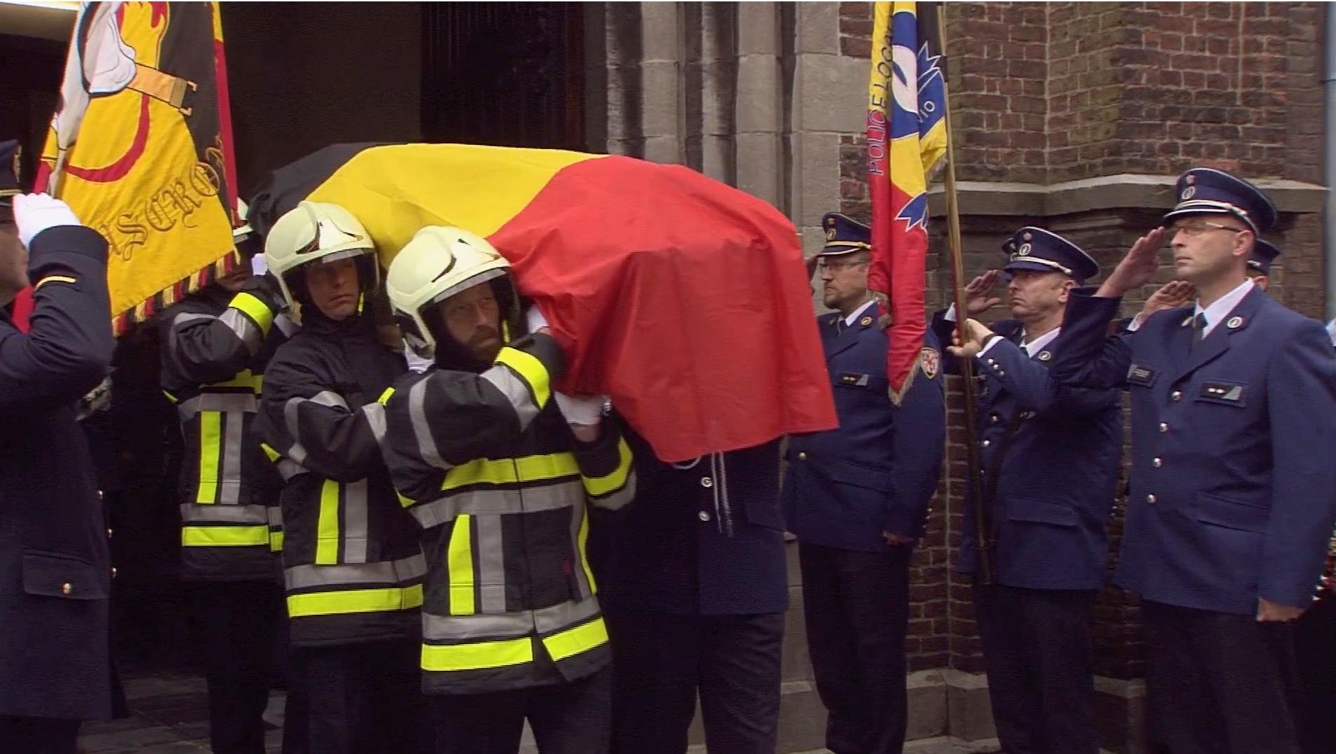 Revivez les moments forts des funérailles d'Alfred Gadenne