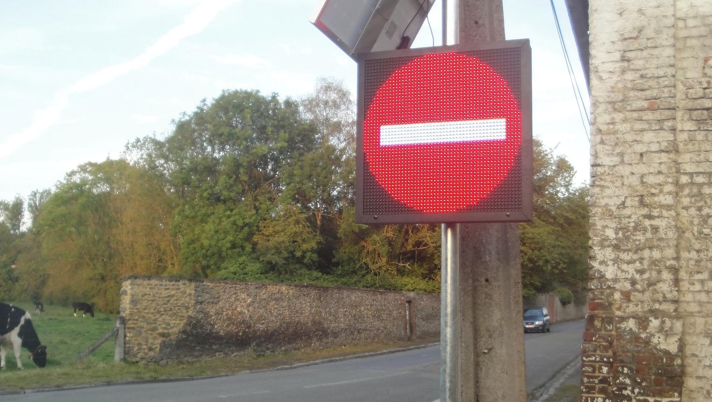 Institut St-Charles: des panneaux intelligents pour fluidifier la circulation