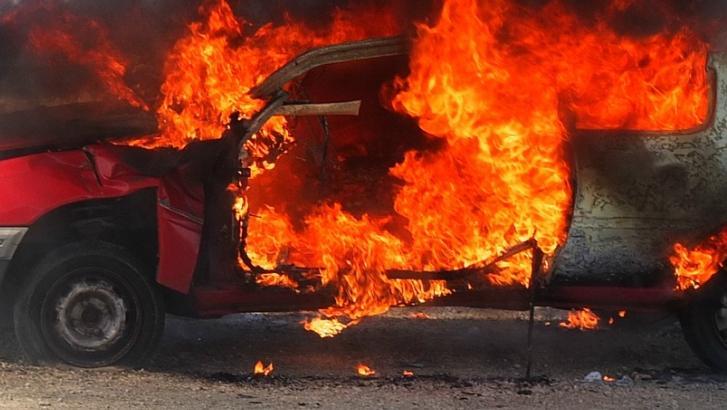 4 véhicules incendiés rue de l'Epinette