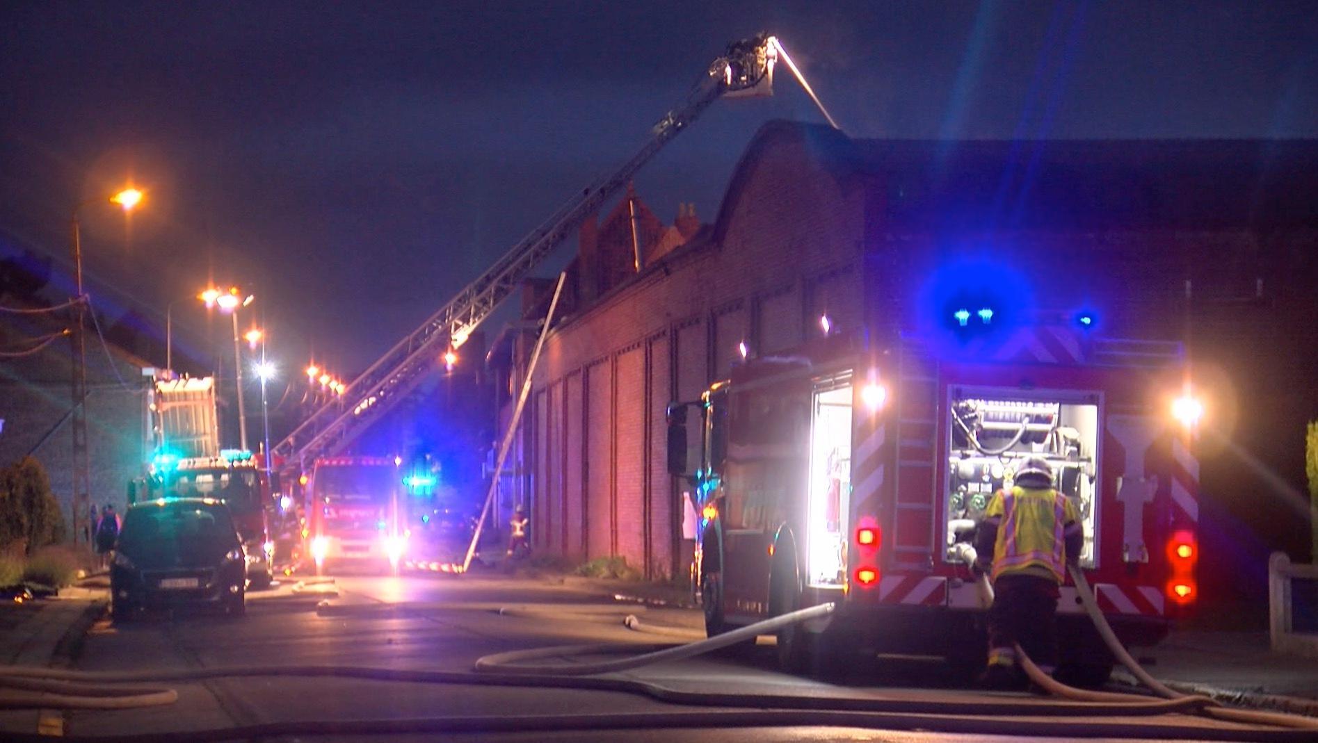 Incendie dans une usine désaffectée dans le quartier du Nouveau-Monde