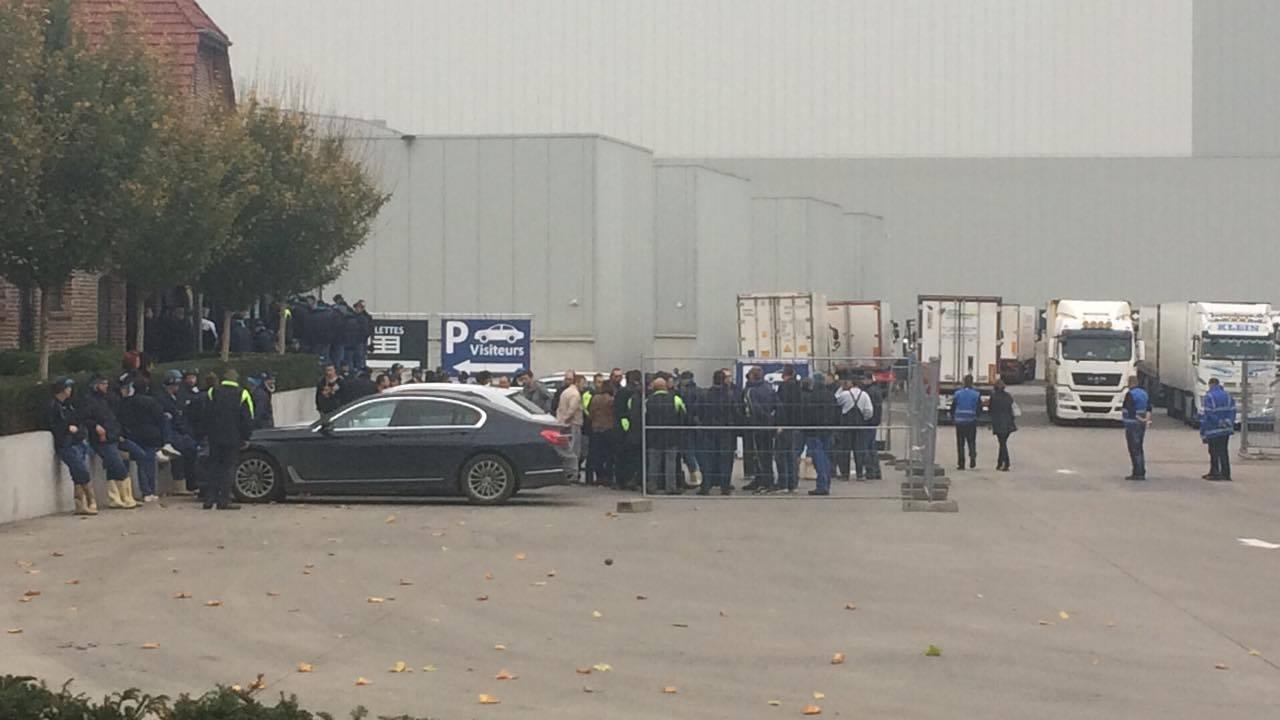 Accident mortel chez Clarebout: les ouvriers reprennent le travail