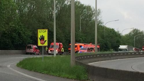 Un blessé grave sur l'échangeur de l'autoroute à Orcq