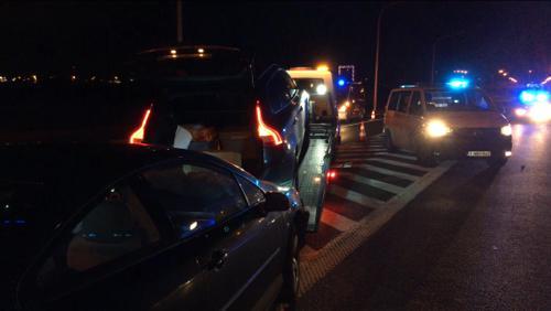 Deux véhicules entrent en collision sur l'autoroute E17 Mouscron-Tournai