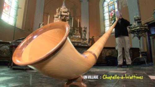 Le son du cor au fond de l'église