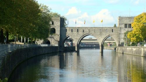 Au tour du Pont : trois esquisses se profilent