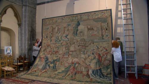 Cathédrale : retour d'une tapisserie restaurée