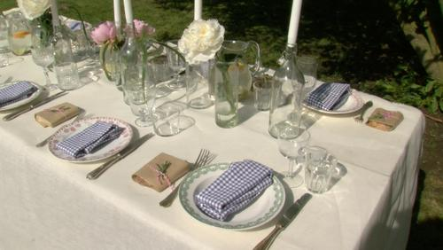 Une table d'amis