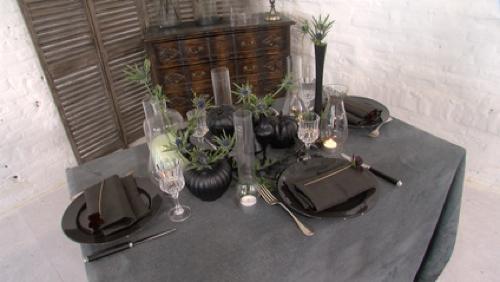 Une table noire