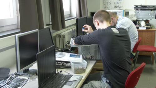 Clap sur le métier de technicien informaticien