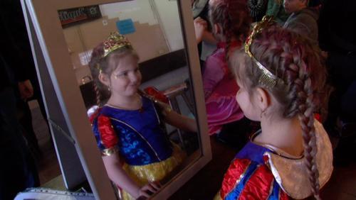 La dixième édition du carnaval des enfants de Basècles fait le plein