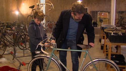 Une bourse pour les vieux vélos