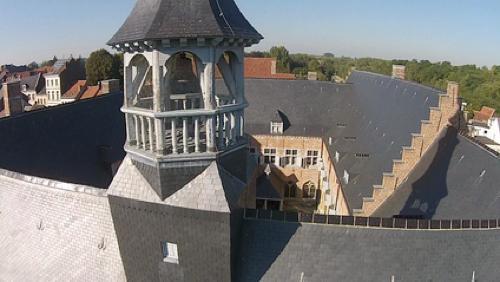 Un meurtre à l'Hôpital Notre-Dame à la Rose : menez l'enquête !