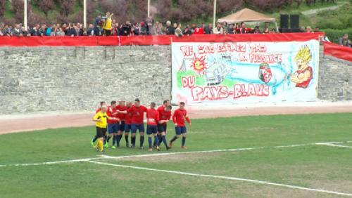 Pays-Blanc - Molenbaix (1-0) : découvrez les temps forts !