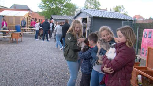 Un nouveau village des animaux à l'école communale