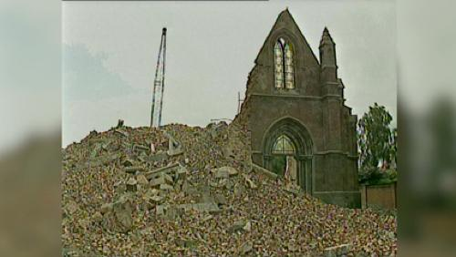 En juin 98, le clocher de l'église de Templeuve s'effondrait
