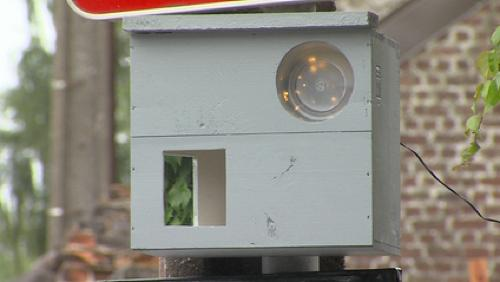 Des Stambrugeois imaginent un faux radar pour lutter contre la vitesse