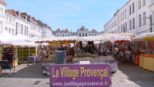 un marché provençal qui a tout du sud !