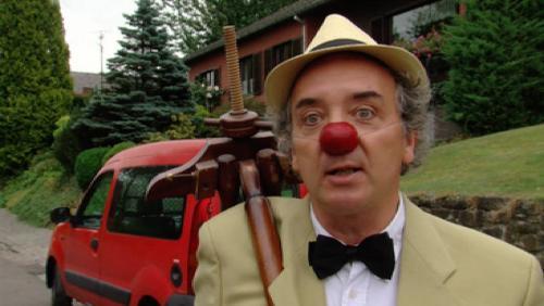 Un clown au village