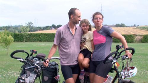 Le tour du monde à vélo de Frédéric, Muriel et Angèle