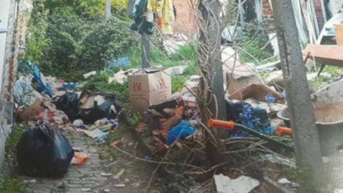 Un dépotoir sur une voirie communale : les riverains en ont marre