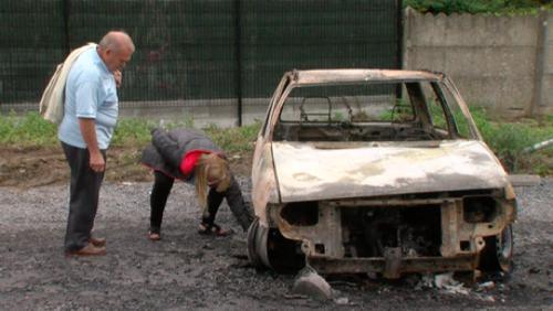 24 voitures incendiées en deux mois