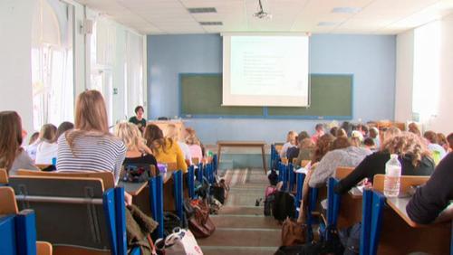 Les étudiants en reprises d'études dans la section pédagogie de la Helha