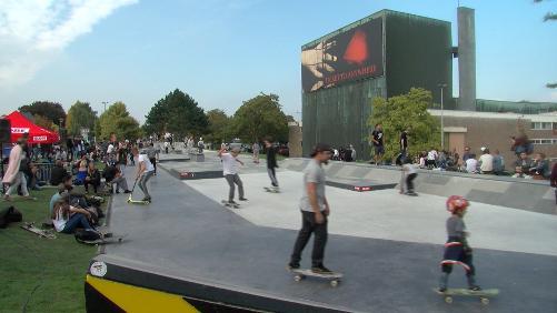 Les jeunes ont leur Skate Park