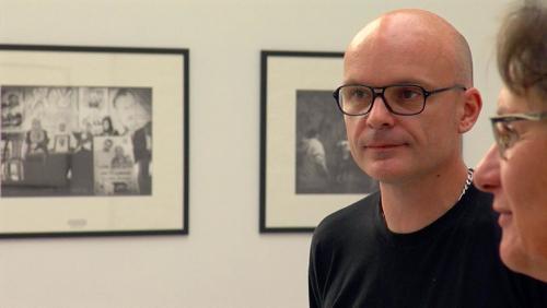 De murs en murs : regard artistique de deux photographes humanistes