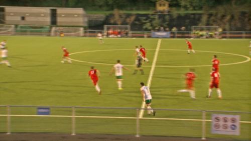 Football P1: Pays Blanc s'offre le leader, Pays Vert, en match de référence (3-2)