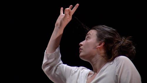 Céline Delbecq crée son nouveau spectacle au Manège à Mons