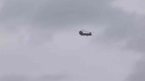 Des hélicos de l'US Army dans le ciel du Val de Dendre