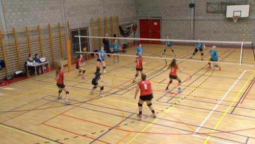 Le Volley Team Peruwelz reste leader en P2 Dames