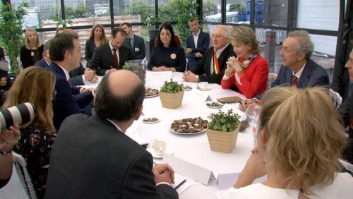 La Reine Mathilde en visite à la chocolaterie Belvas