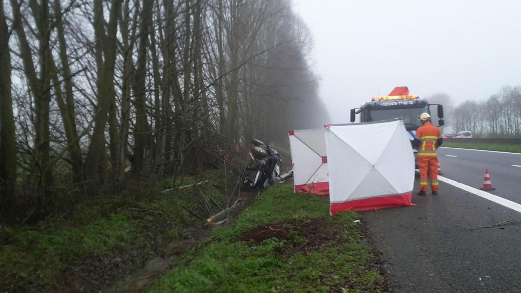 Un homme de 32 ans perd la vie sur l'A8 à hauteur de Frasnes
