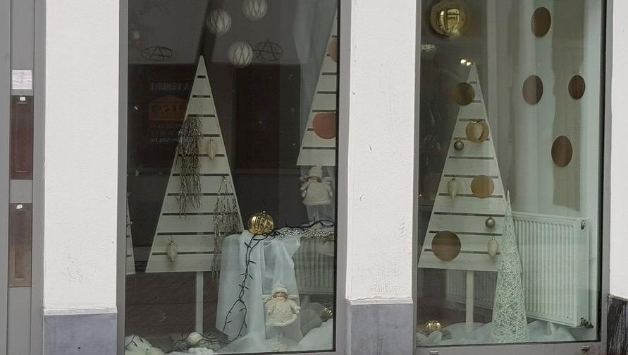 Des cellules vides… décorées à l'occasion de Noël