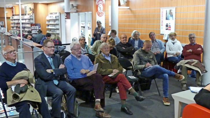 La Rubanerie cominoise présente ses activités au Furet du Nord de Lille