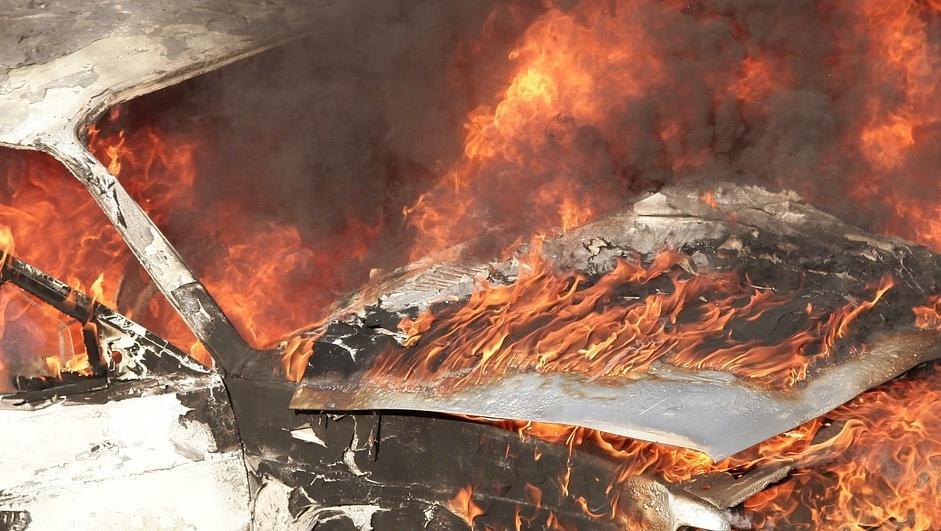 3 véhicules incendiés dans la nuit de la Saint-Sylvestre