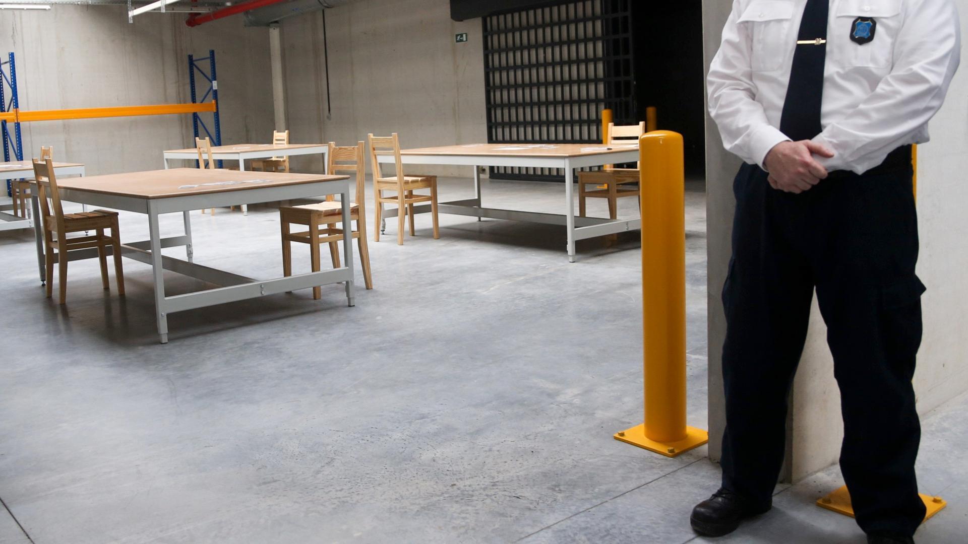 Un gardien sur deux en grève à la prison de Leuze