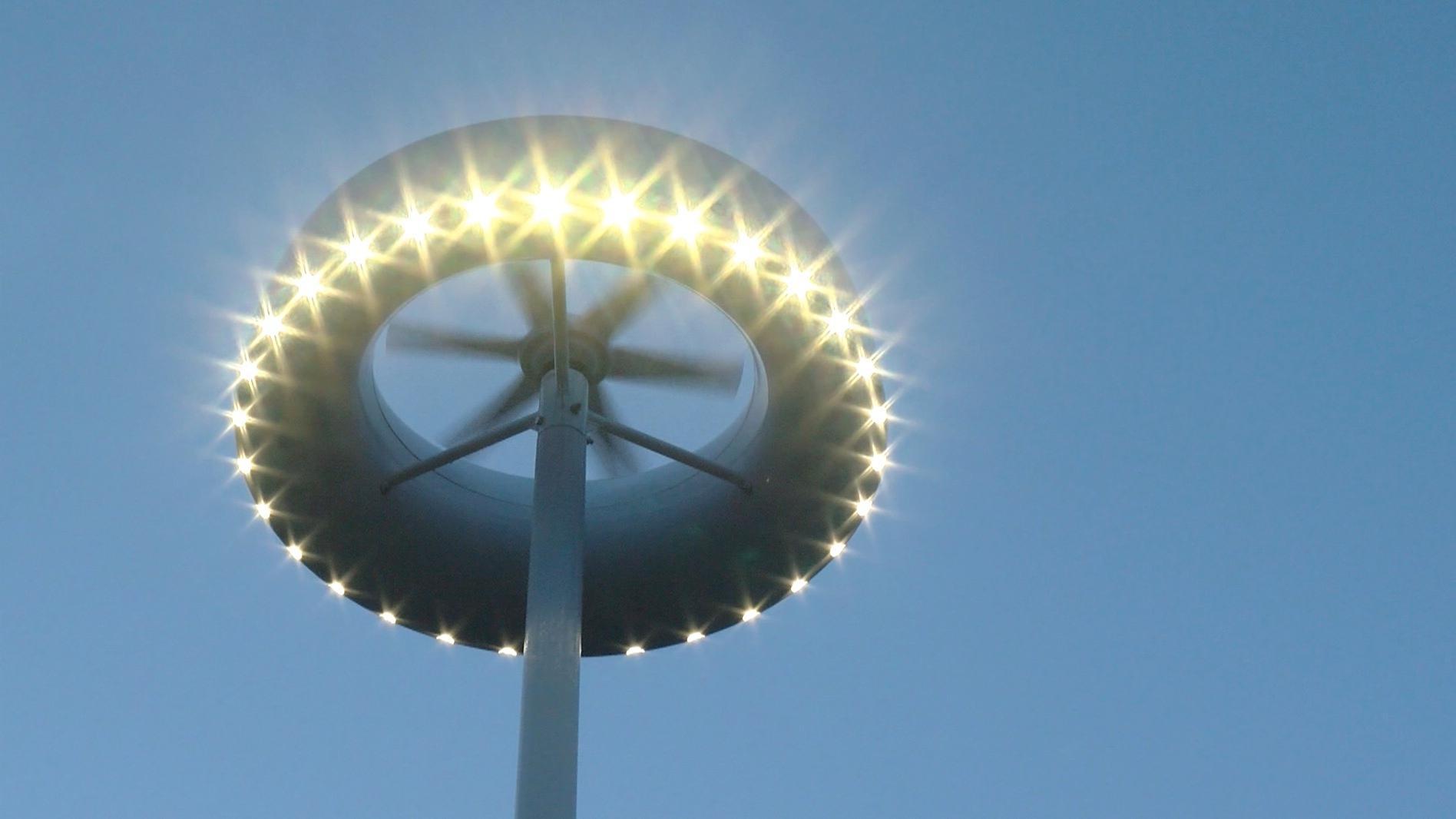 Inauguration de l'éclairage solaire et éolien à Flobecq