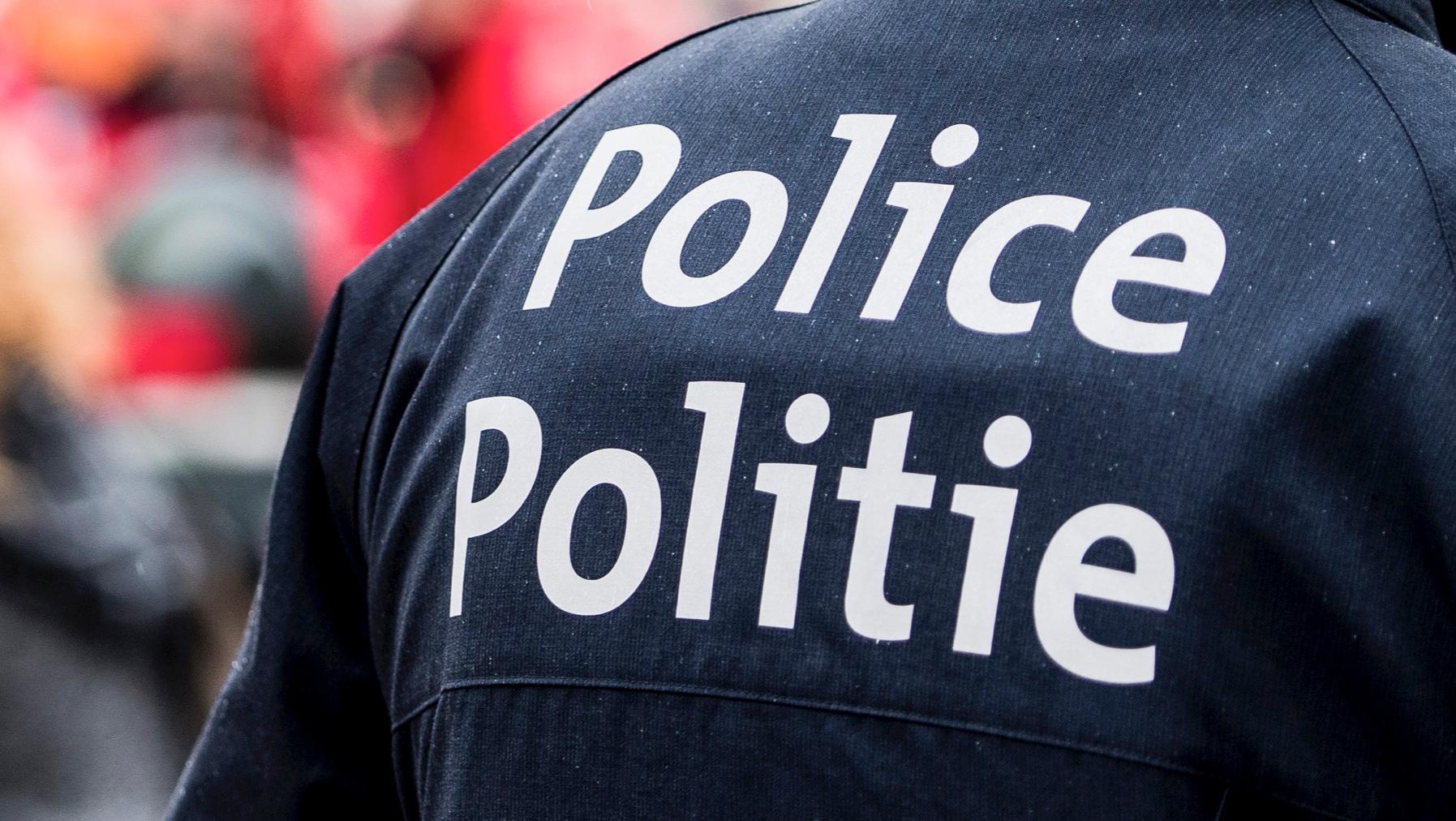 Coup de couteau au visage: un policier condamné à 8 mois de prison avec sursis