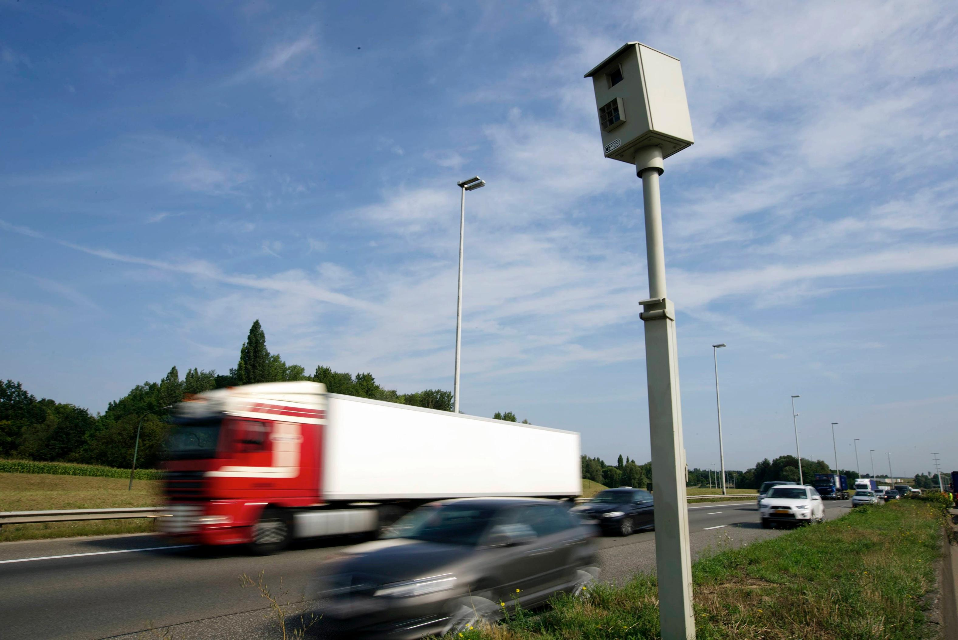 Deux radars tronçons seront prochainement installés à Beloeil et Comines