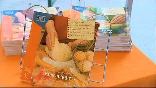 Pains, Mie & Cie : un livre pour faire du pain malin