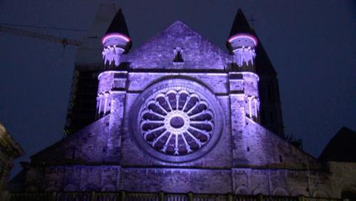 Cathédrale : mise en lumière de la nef romane