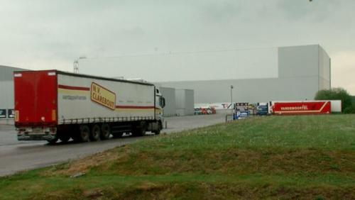 Un homme de 42 ans décède après un accident chez Clarebout