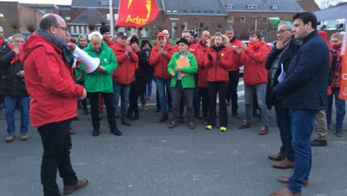 Les Marronniers: les syndicats exigent le retour des travailleurs licenciés